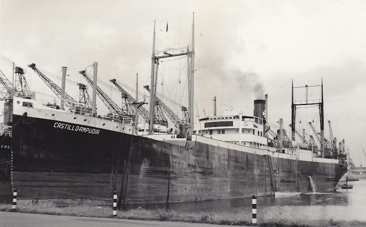El CASTILLO AMPUDIA en Immingham. Foto Charlie Hill. Subida a la web Shipspotting por PWR.jpg