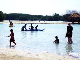 family trip pulau pari 090716 Fuji 057