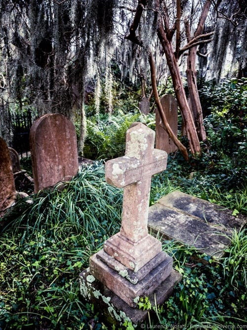 Grave Charleston