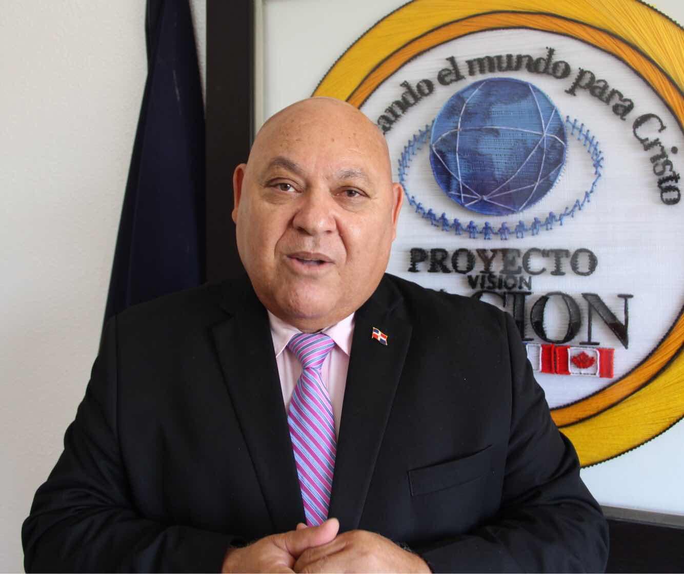 Candidato presidencial del PVN pide a Cámara de Cuentas auditar el gobierno completo por escándalos de corrupción