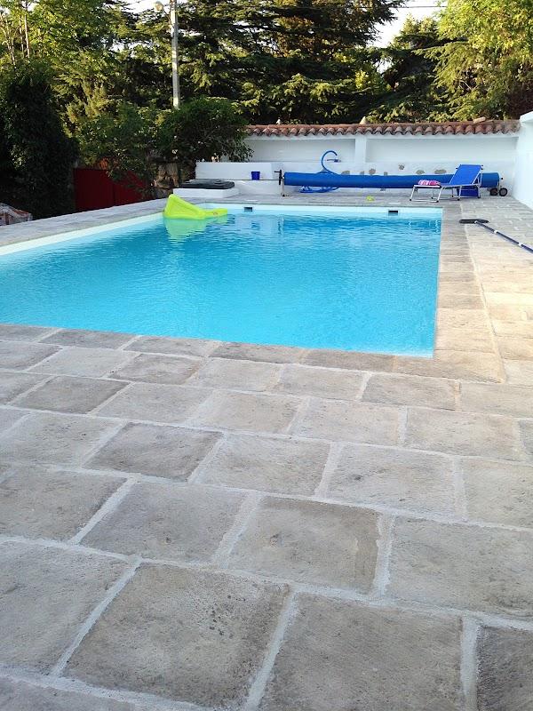 piscina en madrid los molinos bassalto