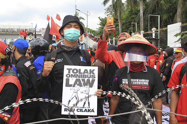 Demo Mahasiswa: Rezim Jokowi Jadikan Corona untuk Eksploitasi Rakyat!