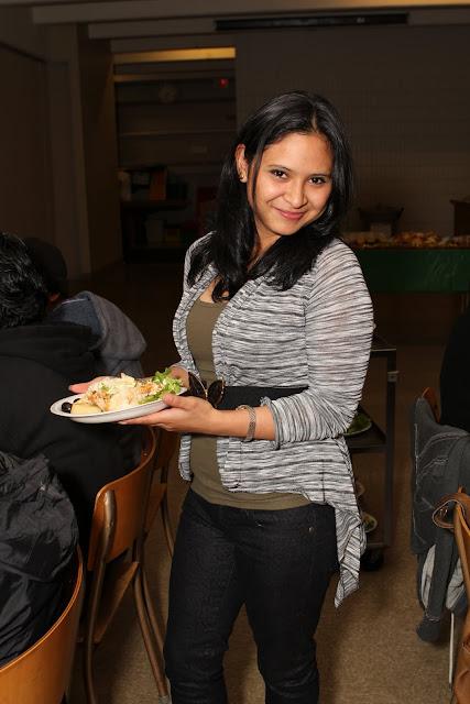 OLOS Navidad 2010 con Amigos Migrantes - IMG_9825.JPG