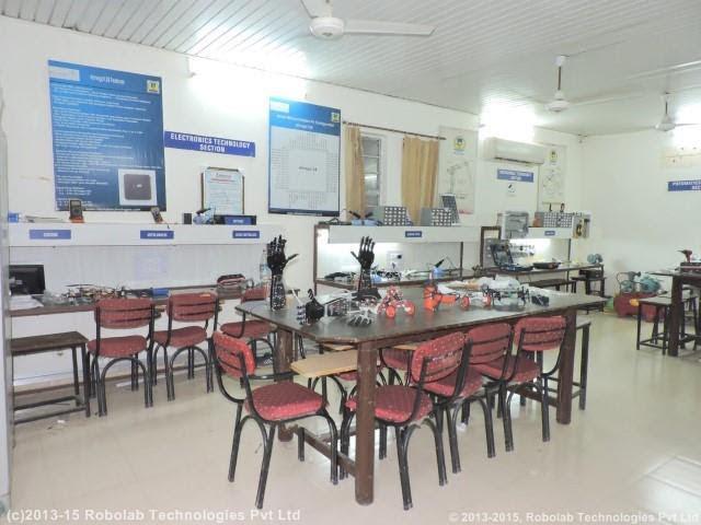 Amritsar College of Engineering and Technology, Amritsar Robolab (19).jpg