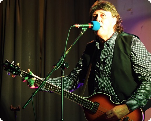 Paul McCartney tribute act Neil Tudor - Wistaston (2)
