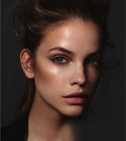#bronzeada #brilho #iluminador #make #bronze #sunkissed #bronzed #glow #shine #light #BarbaraPalvin