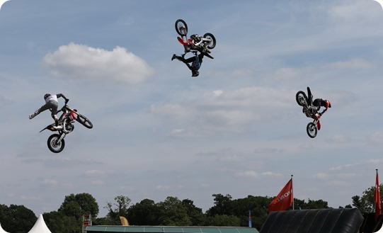 Freestyle Motocross Stunt Display Show by The Bolddog Lings Freestyle Team (5)