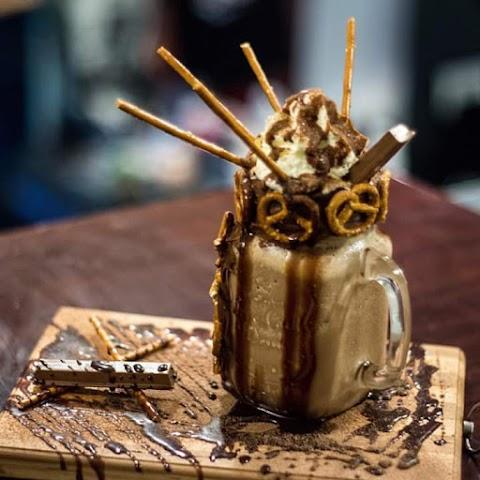 Try the new Best Cafe in Cebu City, the Amidala Cafe