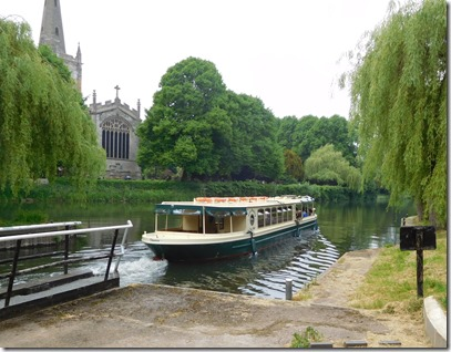 7 trip boat leaves trinity lock