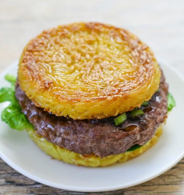 The Original Ramen Burger (via Goldbely)