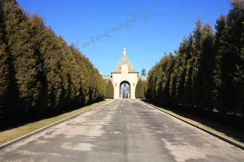 Oheka Castle entrance