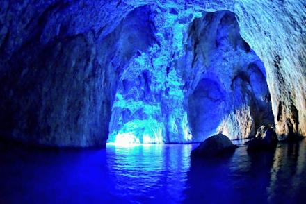 Καστελόριζο : η γαλάζια σπηλιά που ελάχιστοι γνωρίζουν για την ύπαρξή της