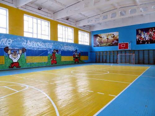 В Житомирской исправительной колонии №4 открыли отремонтированный спорткомплекс. ФОТО