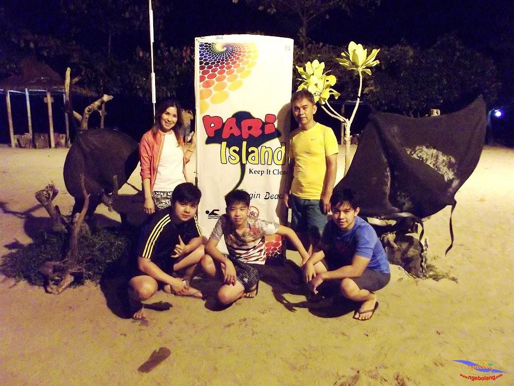 family trip pulau pari 140716 Fuji 107