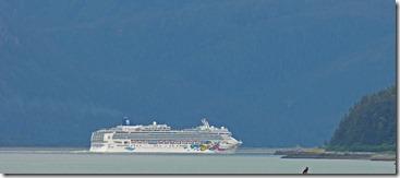 Cruise Ships pass through from Skagway to the Ocean