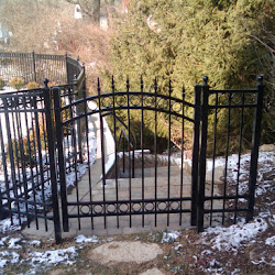 Aluminum, Wood & Chainlink Fence Projects