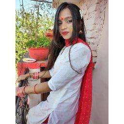 user Riya Kewat apkdeer profile image