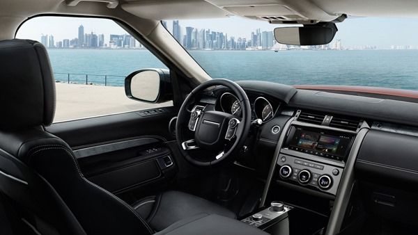 Land_Rover_Discovery_interior