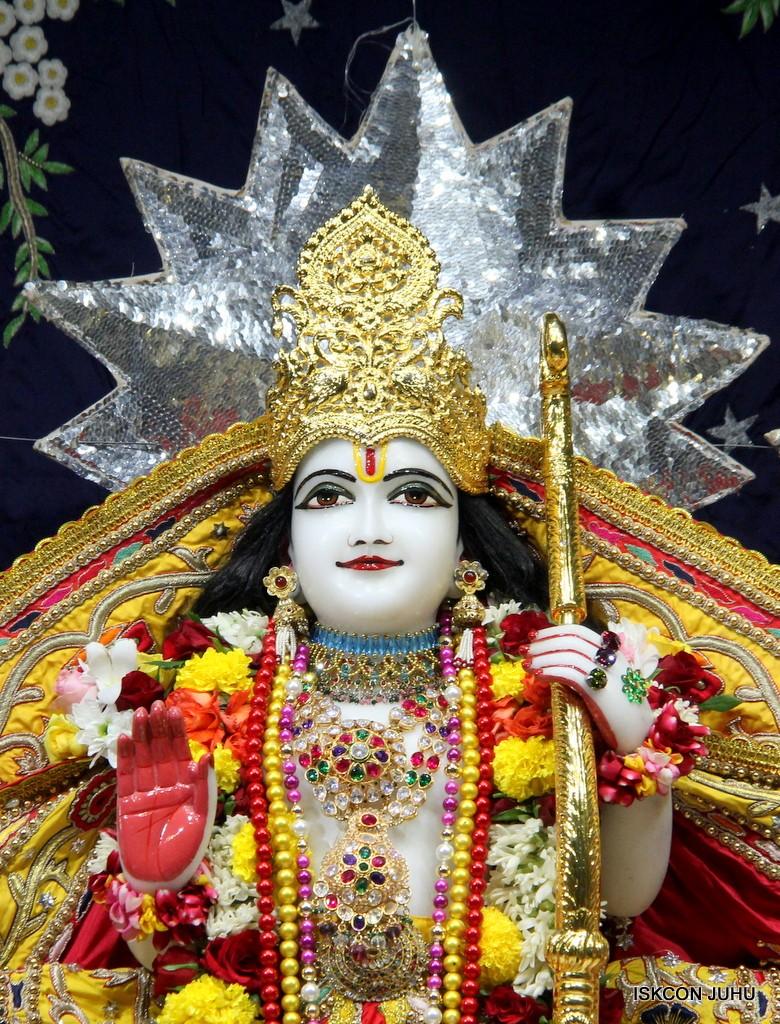 ISKCON Juhu Sringar Deity Darshan 22 Nov 2016 (39)
