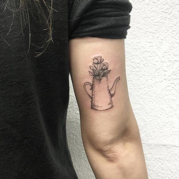 esta_linda_volta_do_braço_de_tatuagem