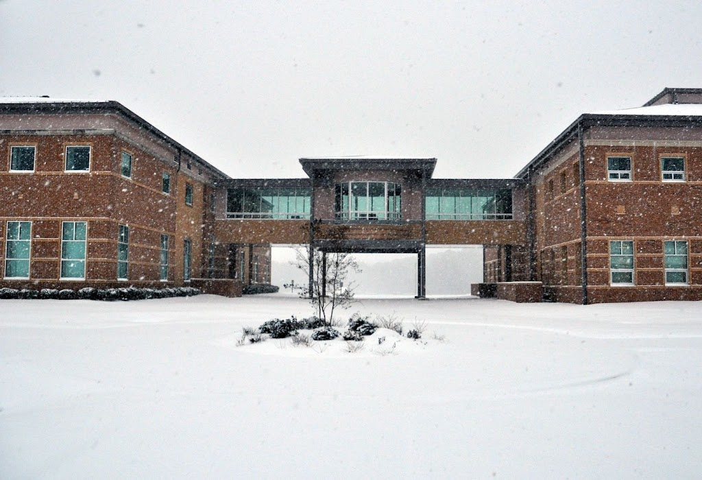 UACCH Snow Day 2011 - DSC_0020.JPG