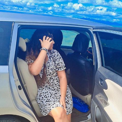 user Meghna Vini apkdeer profile image