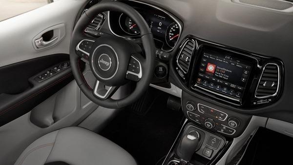 Jeep-Compass interior