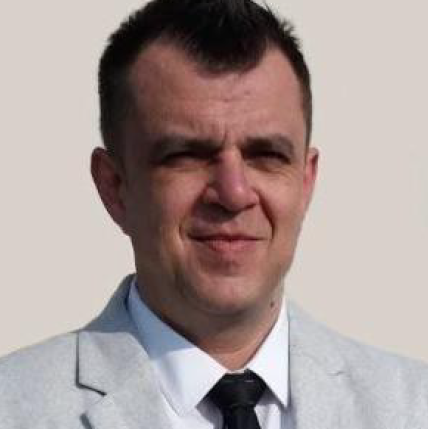 Erik Uhljar