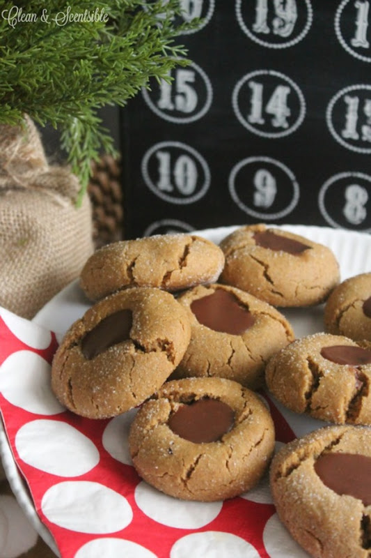 Gingerbread-Chocolate-Thumbprint-Cookies-Recipe