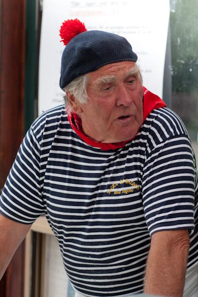 Sac  poche Bagnun di acciughe con le gallette del marinaio