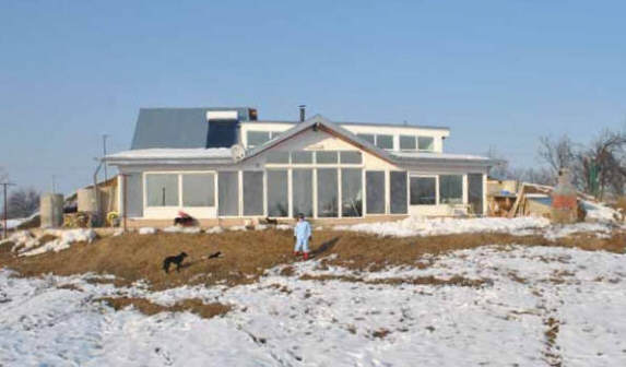 Build it solar blog cristian 39 s earth sheltered passive for Building a passive solar home