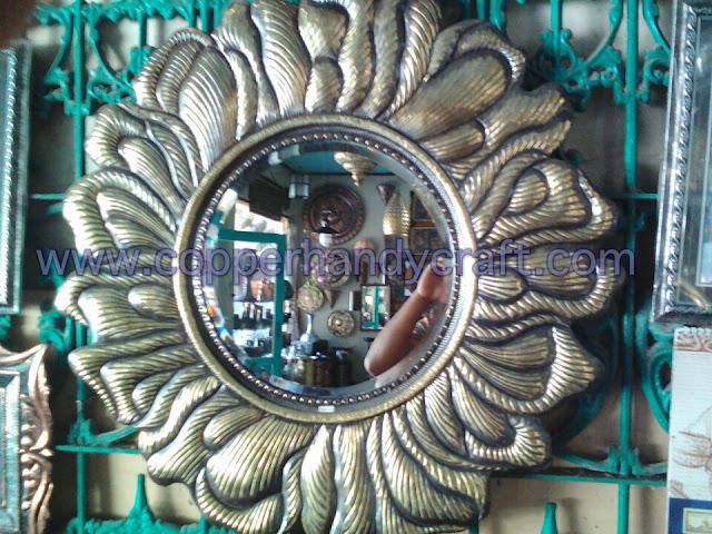 kerajinan-cermin-tembaga-hias-unik