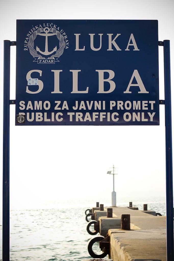 Croatia - Silba, Zadar, sky, cats, windows - Vika-7940.jpg