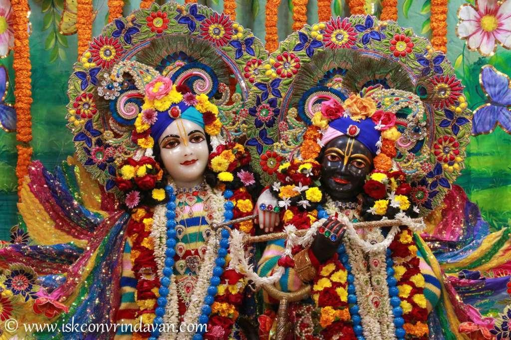 ISKCON Vrindavan Sringar Deity Darshan 18 Dec 2015 (9)