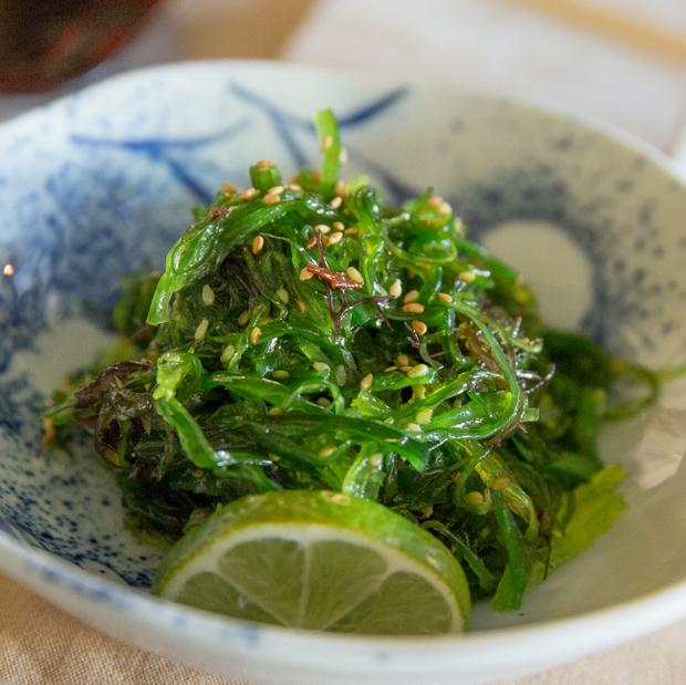 close-up photo of Seaweed Salad