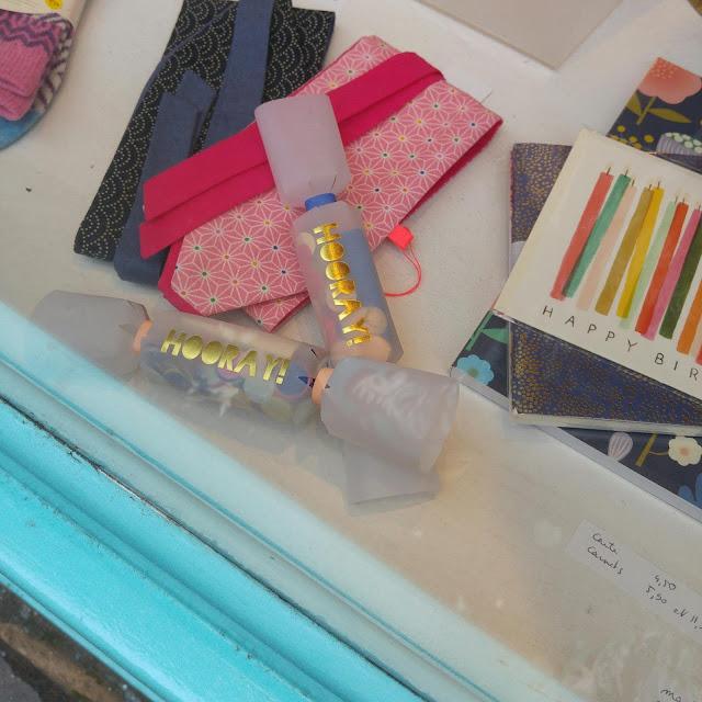boutique vêtements et accessoires Paris, jeunes créateurs