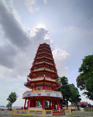 Pagoda Pulo Kemaro
