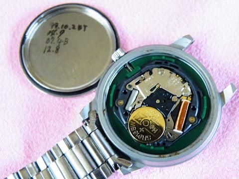 agnès b. V33J-0010電池交換後