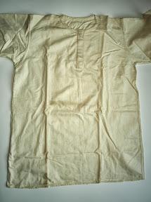 Linnen ondergoed van Duitse soldaat. Mee teruggenomen door die soldaat uit Russisch krijgsgevangenkamp. http://www.secondworldwar.nl/enschede/