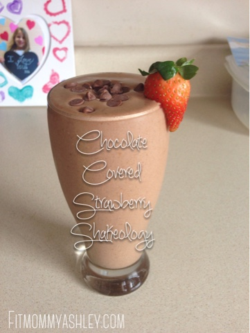 chocolate, covered, strawberry, dessert, valentines day, healthy, fit, clean eating, nutrition, recipes, strawberries, beachbody, shakeology