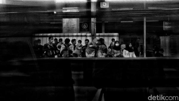 Tim FKM UI: Tanpa Intervensi Negara, 2,5 Juta Orang RI Bisa Kena Corona