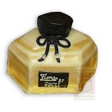 5. kép: Céges torták - Parfümös üveg alakú torta