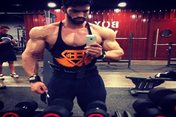selfie di gym.jpg