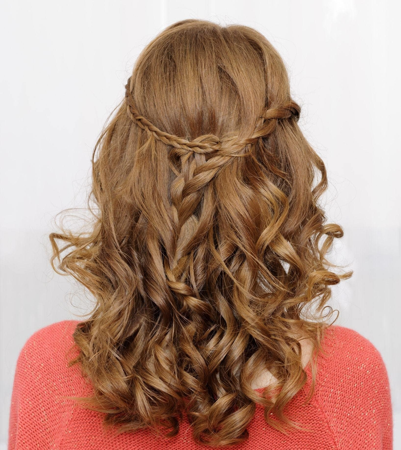 2018 Blonde Curly Hair : Exclusive Styles For Beautiful Womans 4