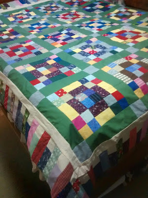 ProsperityStuff Quilts: Hopscotch Butterscotch