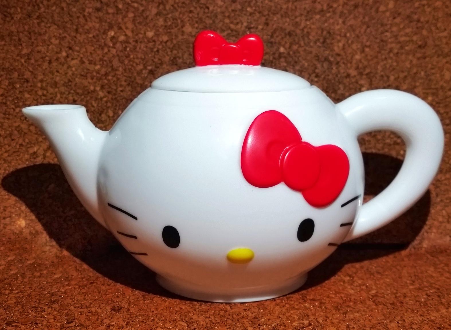 Hello Kitty Mcdonald S Toys : Ben ultimate alien and hello kitty set of mcdonald s