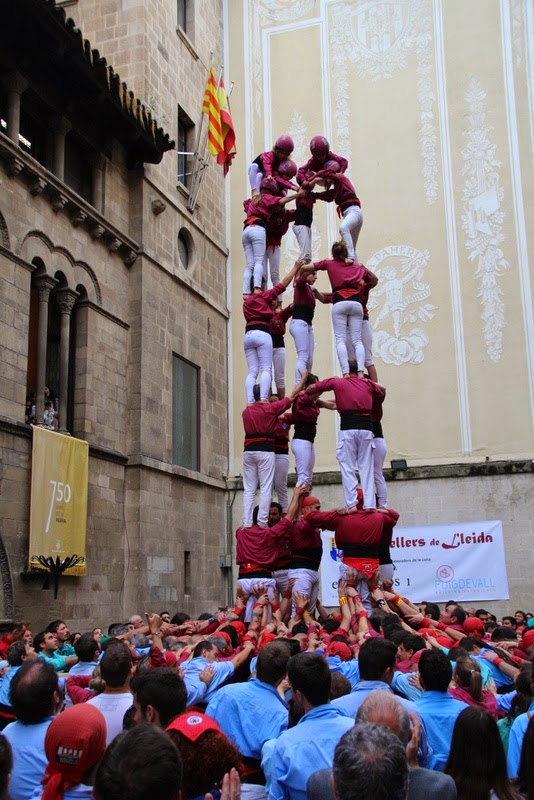 Actuació 20è Aniversari Castellers de Lleida Paeria 11-04-15 - IMG_8977.jpg