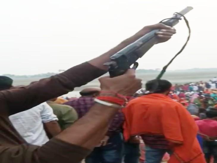 बिहार: छपरा के मांझी में छठ घाट पर हर्ष फायरिंग, महिला समेत पांच घायल