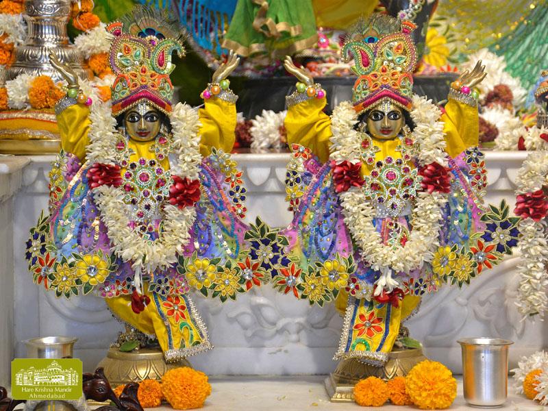 ISKCON Hare krishna mandir Ahmedabad 12 Dec 2016 (10)