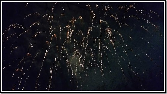 0504fireworks4